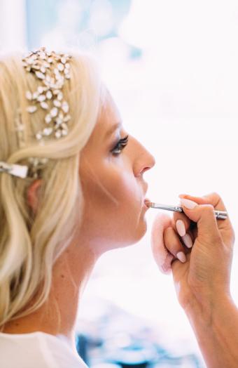 Screen Shot 2015Workshop svatebního líčení od americké vizážistky Lori Leib -10-08 at 10.22.35 PM